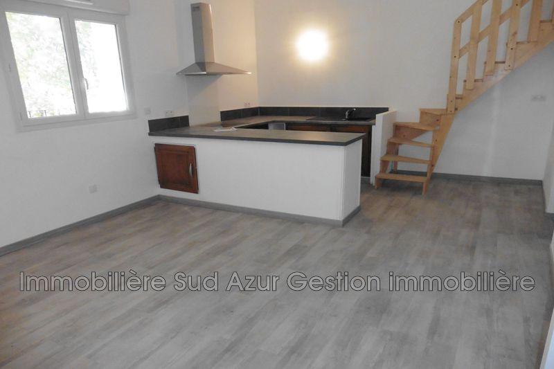 Photo Appartement Solliès-Pont  Location appartement  3 pièces   57m²