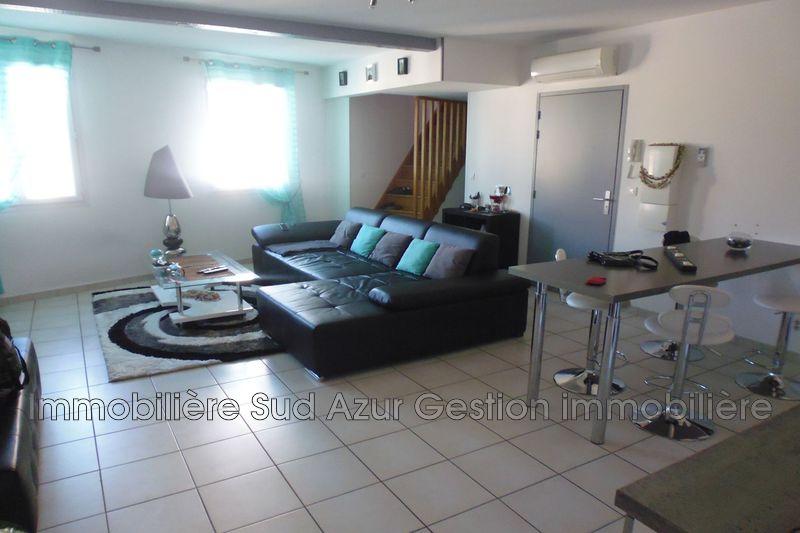 Photo Appartement Solliès-Pont  Location appartement  2 pièces   55m²