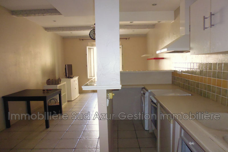 Photo Appartement Solliès-Toucas  Location appartement  2 pièces   41 m²