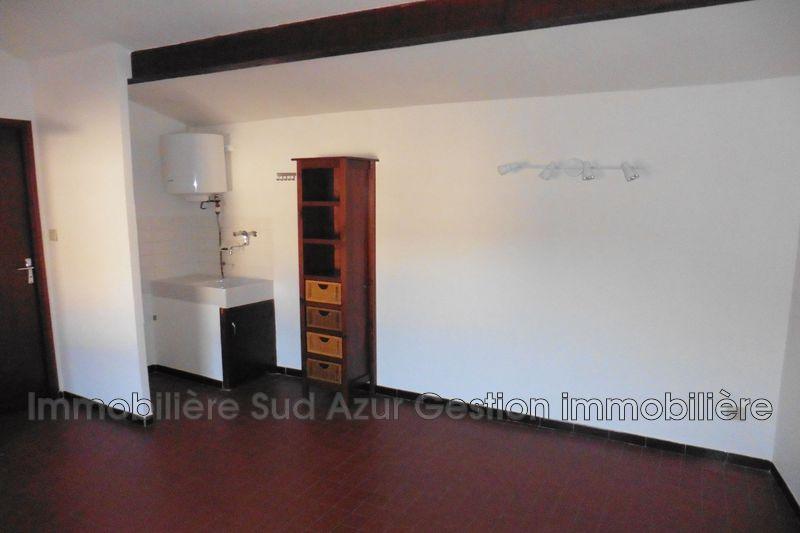 Photo n°3 - Location appartement Solliès-Pont 83210 - 457 €