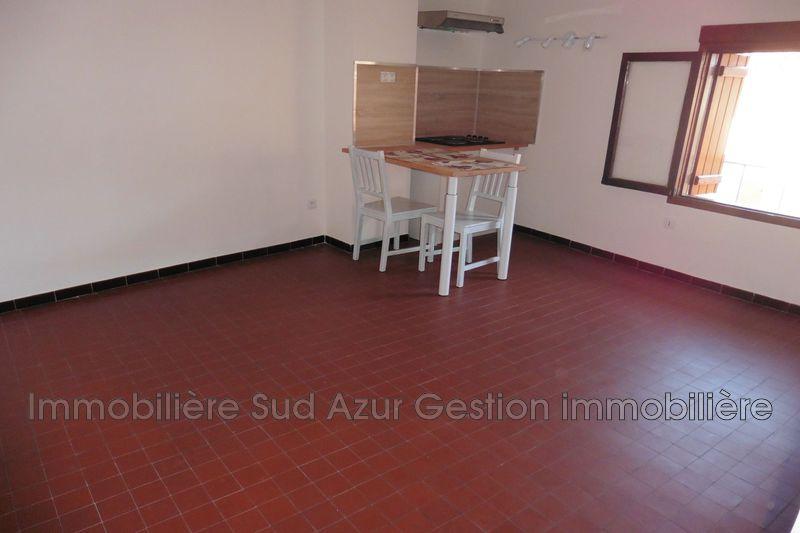 Photo n°2 - Location appartement Solliès-Pont 83210 - 457 €