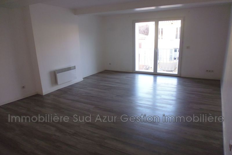 Photo n°3 - Location appartement Solliès-Pont 83210 - 860 €