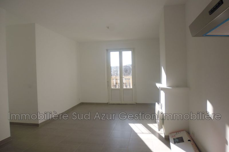 Photo n°2 - Location appartement Hyères 83400 - 672 €