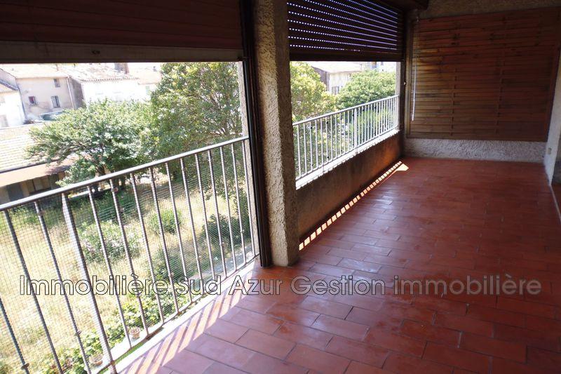 Photo Appartement La Crau Centre-ville,  Location appartement  4 pièces   80m²