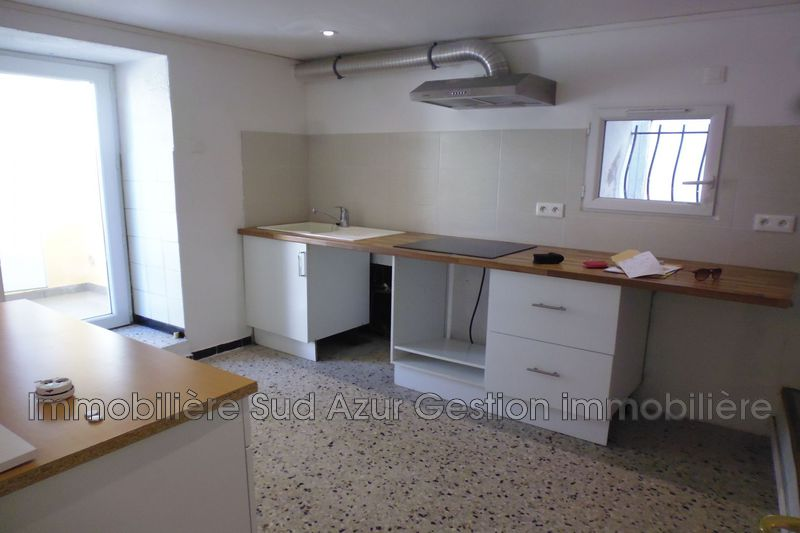 Photo n°1 - Location appartement Solliès-Pont 83210 - 595 €