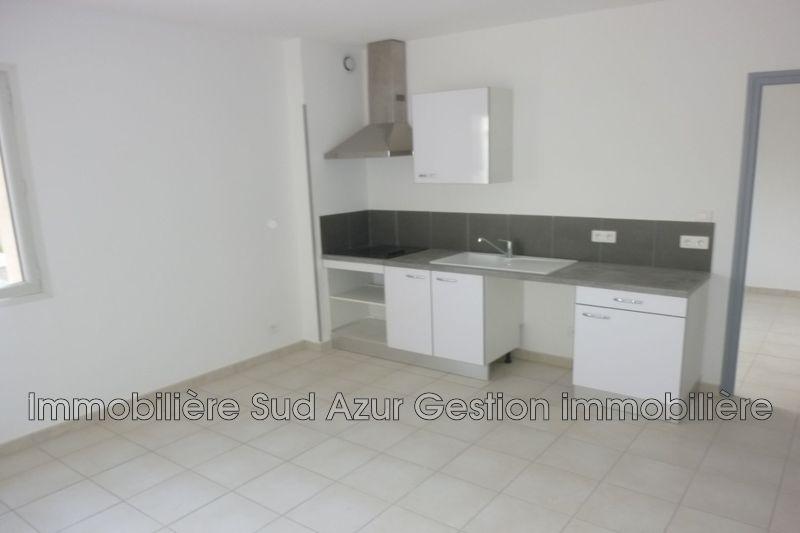 Photo Appartement Solliès-Pont  Location appartement  2 pièces   40m²
