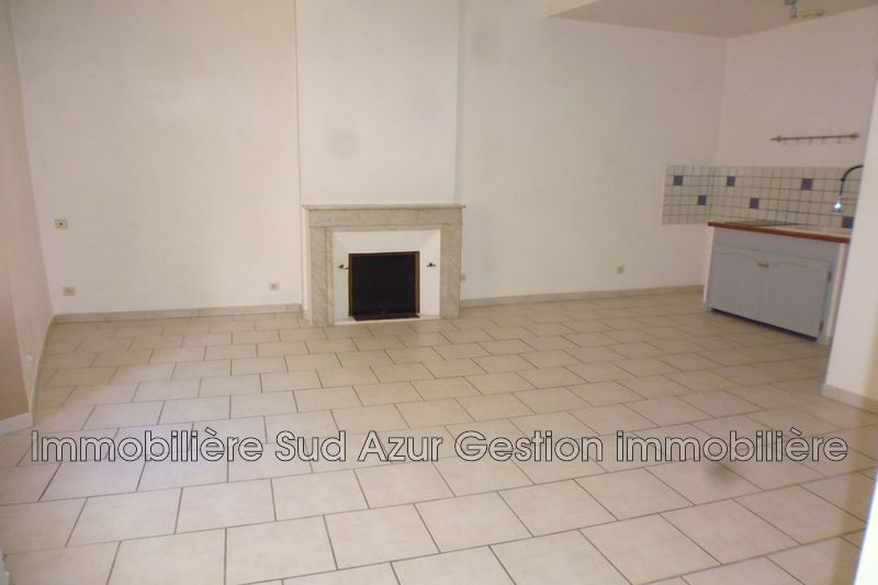 Photo n°2 - Location appartement Solliès-Ville 83210 - 480 €
