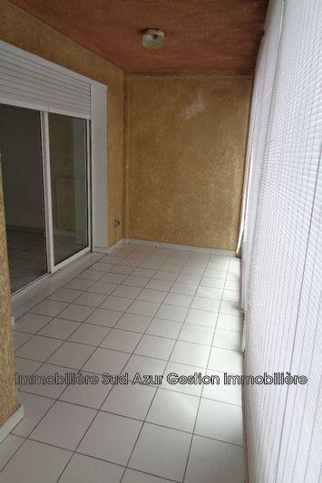 Photo Appartement Hyères  Location appartement  3 pièces   55m²