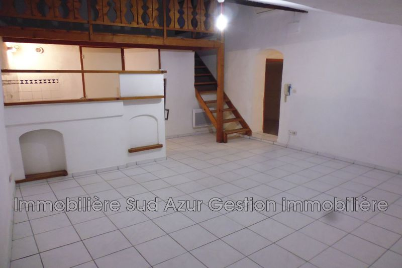 Photo Appartement Solliès-Pont  Location appartement  3 pièces   55 m²