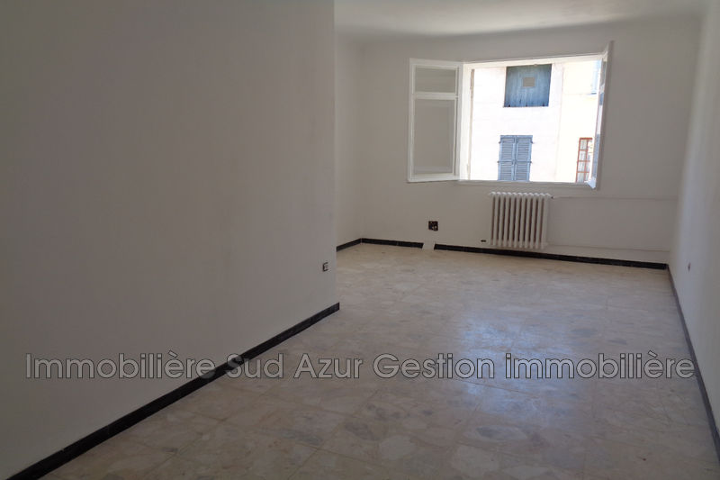 Photo Appartement Solliès-Toucas  Location appartement  4 pièces   90 m²