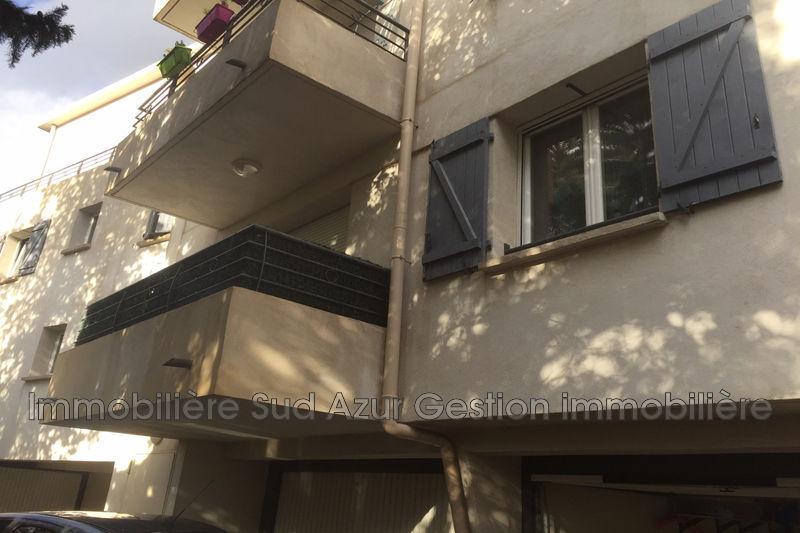 Photo Appartement Six-Fours-les-Plages  Location appartement  2 pièces   35m²