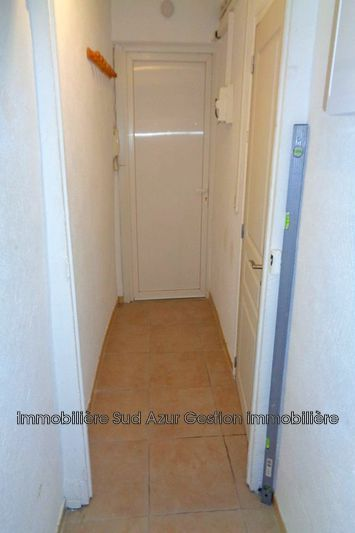 Photo n°3 - Location appartement Solliès-Pont 83210 - 460 €