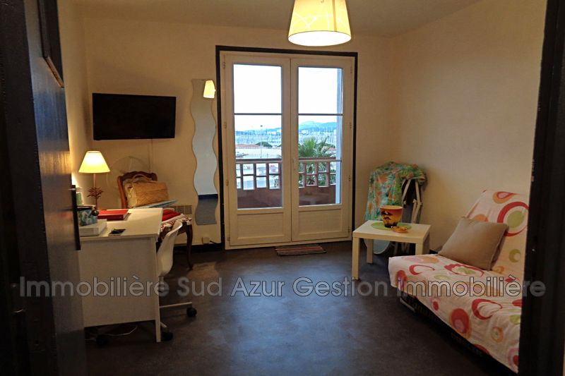 Photo Appartement Toulon  Location appartement  1 pièce   23 m²
