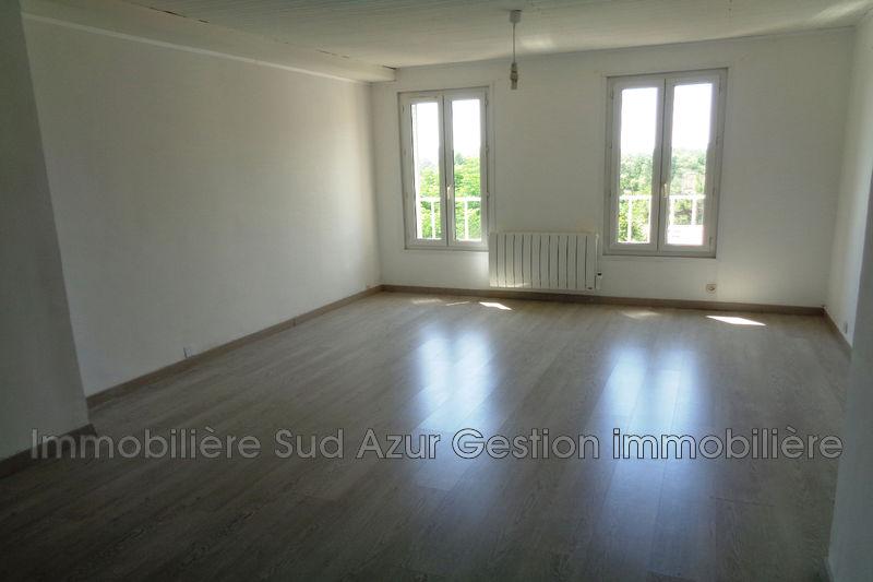 Photo Appartement Solliès-Pont  Location appartement  3 pièces   64m²