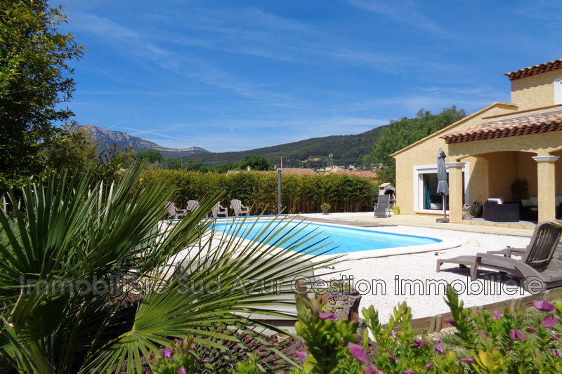 Photo Villa Solliès-Ville   achat villa  5 pièces   125m²