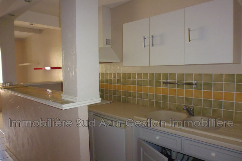 Photo n°3 - Vente appartement Solliès-Toucas 83210 - 112 000 €