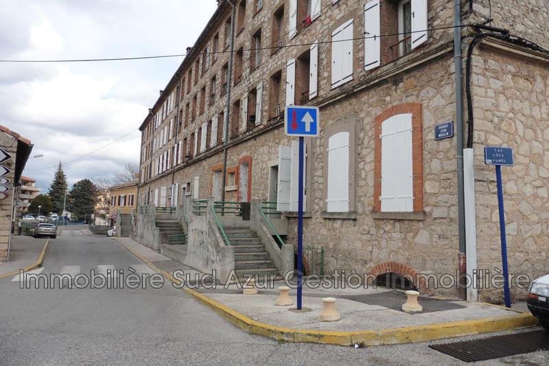 Photo Appartement Solliès-Pont   achat appartement  3 pièces   62m²