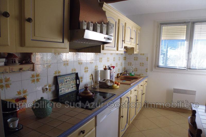 Photo n°6 - Vente appartement Solliès-Pont 83210 - 240 000 €