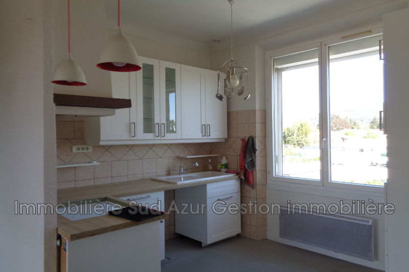Photo n°4 - Vente appartement Solliès-Pont 83210 - 180 000 €
