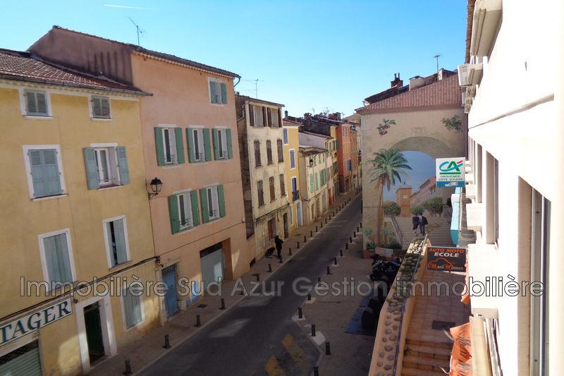 Photo Appartement Solliès-Pont   achat appartement  4 pièces   91m²