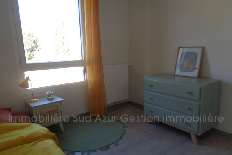 Photo n°4 - Vente appartement Cuers 83390 - 235 000 €