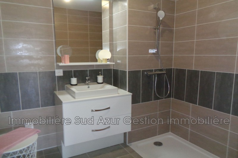 Photo n°5 - Vente appartement Cuers 83390 - 235 000 €