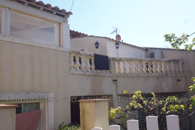 Photo Appartement Cuers   achat appartement  6 pièces   110m²