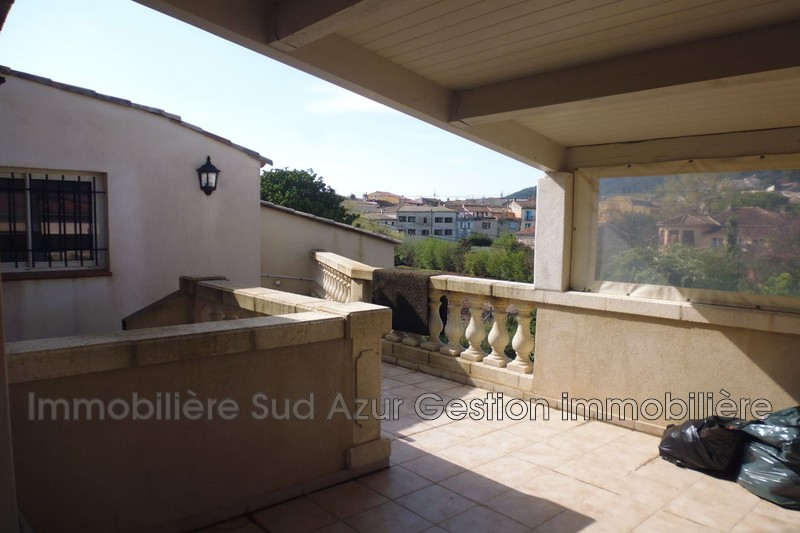 Photo n°3 - Vente appartement Cuers 83390 - 246 000 €