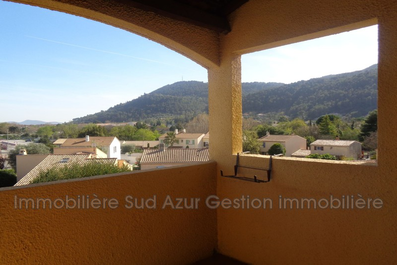 Photo n°1 - Vente appartement Solliès-Pont 83210 - 170 000 €