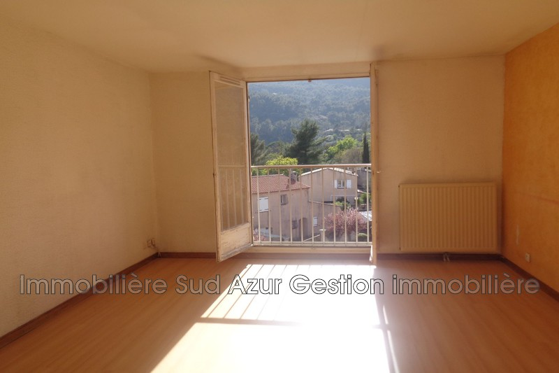 Photo n°5 - Vente appartement Solliès-Pont 83210 - 170 000 €