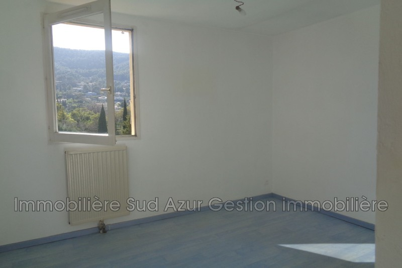 Photo n°7 - Vente appartement Solliès-Pont 83210 - 170 000 €