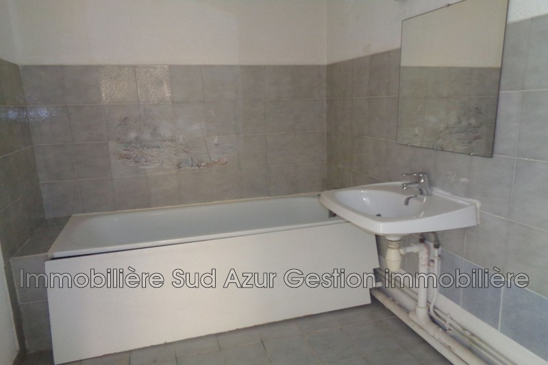Photo n°9 - Vente appartement Solliès-Pont 83210 - 170 000 €