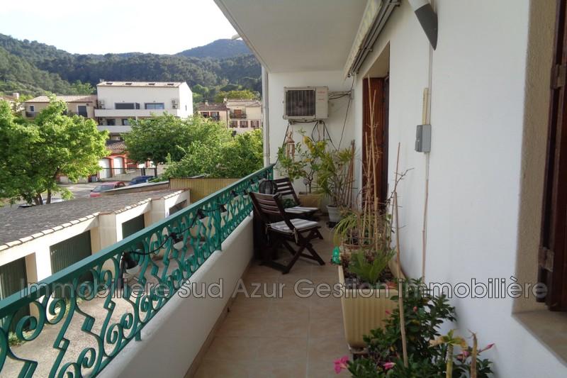Photo n°2 - Vente appartement Solliès-Pont 83210 - 218 000 €