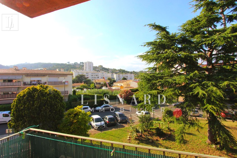 Photo Apartment Vallauris   to buy apartment  2 rooms   41 m²