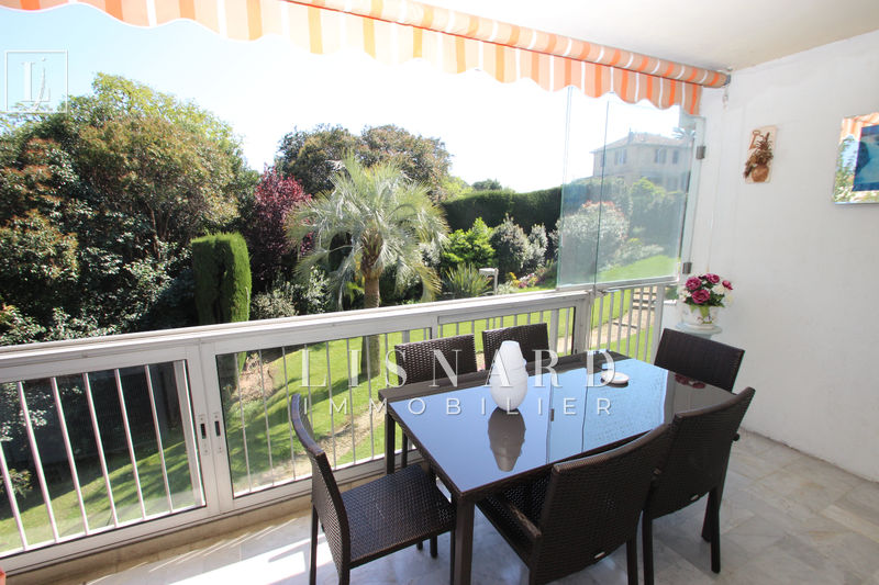 appartement  3 rooms  Golfe-Juan Hills  80 m² -