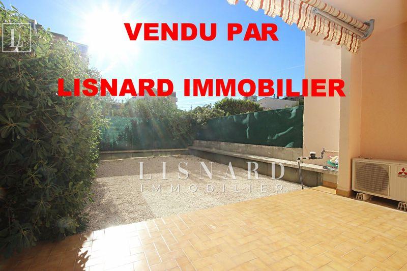Appartement Vallauris   achat appartement  2 pièces   48m²