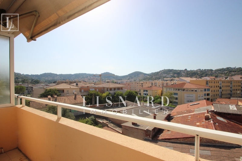 appartement  1 room  Vallauris   26 m² -