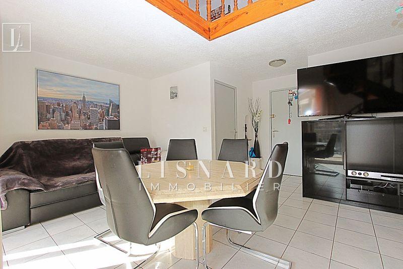 appartement  2 pièces  Vallauris   69m² -