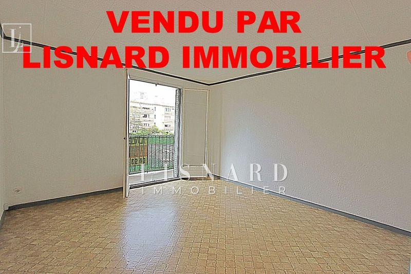 Photo Appartement Vallauris   achat appartement  3 pièces   58m²