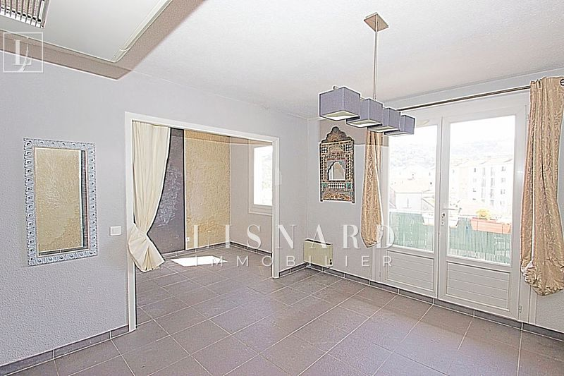 Photo Apartment Vallauris   to buy apartment  2 rooms   33 m²