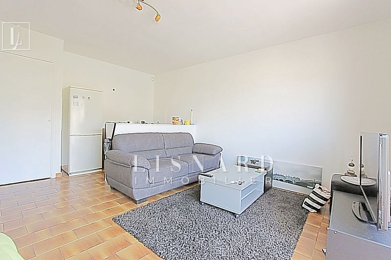 appartement  studio  Vallauris   30 m² -