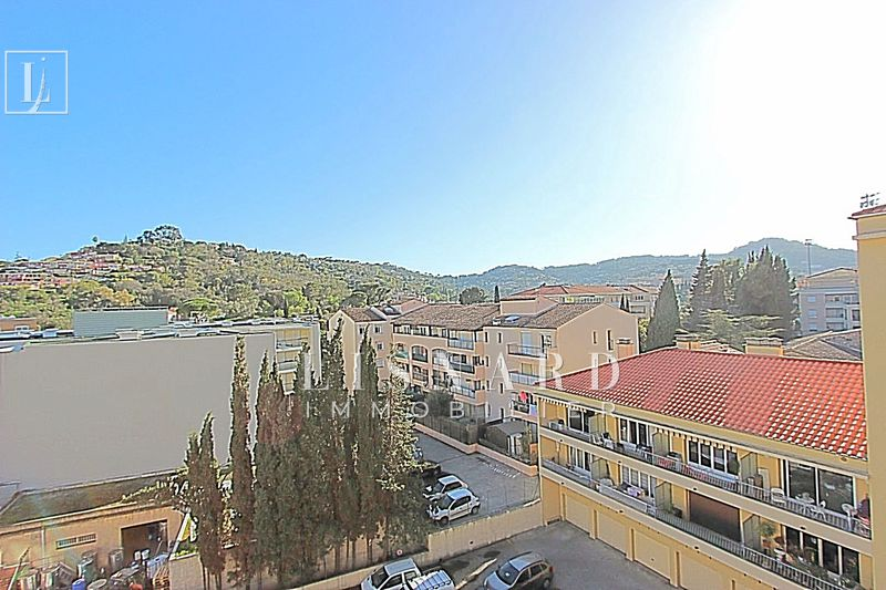 Photo n°1 - Vente appartement Vallauris 06220 - 149 000 €