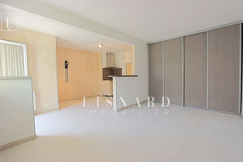 appartement  studio  Vallauris   35 m² -