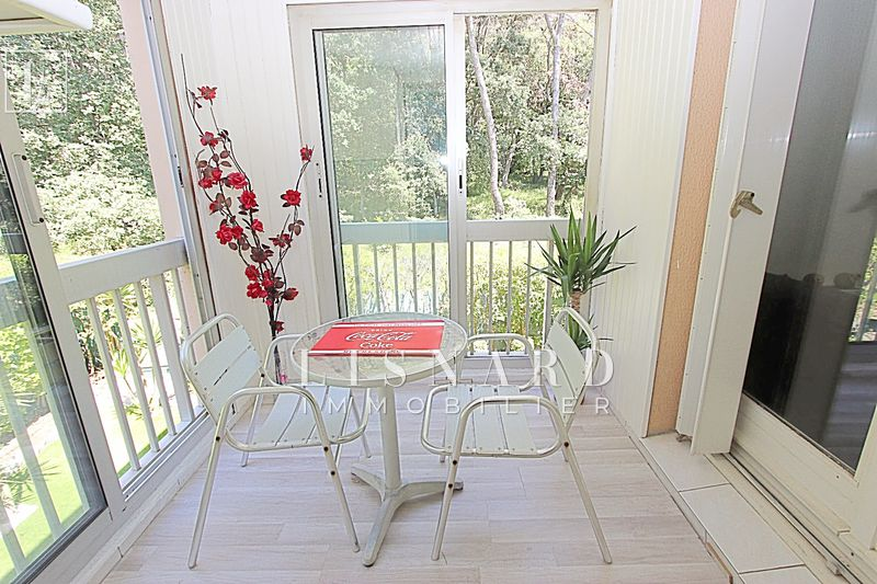 appartement  3 pièces  Antibes   64m² -