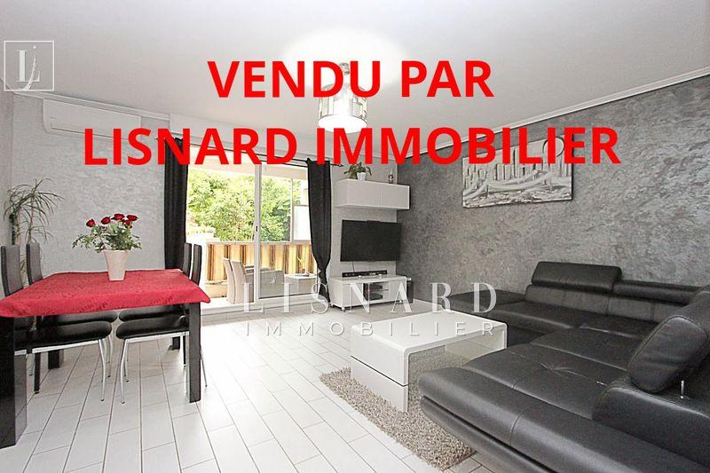 Photo Appartement Vallauris   achat appartement  3 pièces   65m²