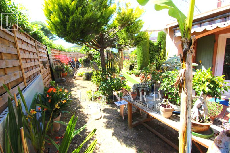 Photo Apartment Vallauris   to buy apartment  2 rooms   42 m²