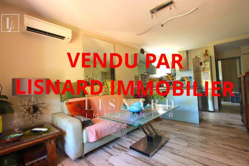 Photo Appartement Vallauris   achat appartement  2 pièces   42m²