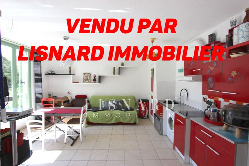 appartement  2 rooms  Vallauris Downtown  37 m² -