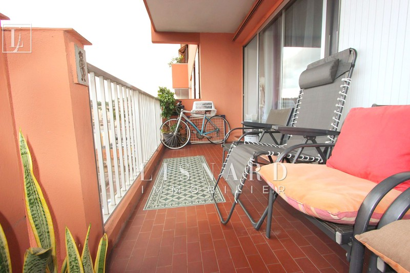 Apartment Vallauris   to buy apartment  4 rooms   82 m²