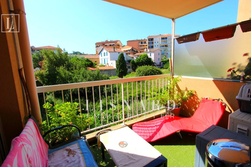 Photo Apartment Vallauris   to buy apartment  2 rooms   40 m²